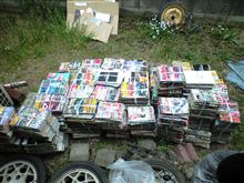 とりあえずクルマ雑誌などを500冊捨てました