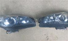 アウディ風ヘッドランプ下LED取り付け作業中