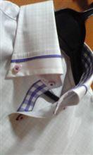 新しい通勤半袖は、カワイイおじさん風で・・・と自分で言う。