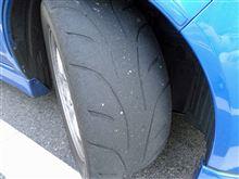 タイヤが逝きそうです