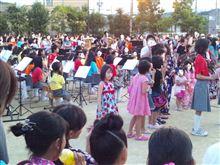 地元の小学校でお祭りがありました~(^O^)/