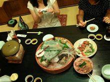 19番ホールはステキ婦女子と新鮮魚介