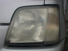 久々の車の話題~ヘッドライトの白濁