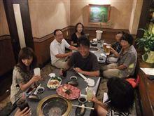 みんなで焼肉を食べに行きました。^^;