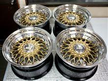 BBS-RS16インチ スーパーミラーバレル研磨からゴールドポリッシュ