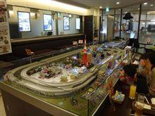 有楽町駅前にある鉄道をコンセプトとしたカフェ&バーランチに!