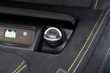 大人気です!BMW USBチャージャー!