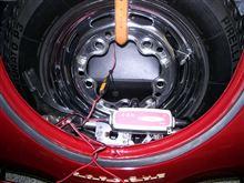 356のスペアタイヤを外さないで、バッテリー充電!