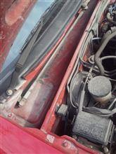 しるくNB8Cのエンジンルームが泥だらけに?・・・・・^^;