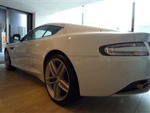 Aston Martin Virageを取りに行く