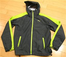 【PUMA】901005 02 ウォータープルーフジャケット ダークシャドウ/グリーングロウ