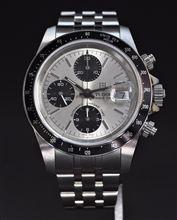 念願だった腕時計を買いましたッツ♪