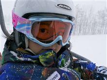 デリカに乗って、スキーに行こう! 手稲オリンピアにて、娘が初リフト