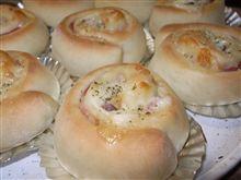 今日のパン7.ベーコンチーズロールパン
