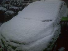 おんぼろ一軒家だけ、異常な積雪!