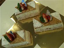 レアチーズケーキ(o^^o)