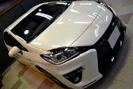 スポーティなハイブリッド トヨタ・プリウスG`sのガラスコーティング【リボルト東京WEST】