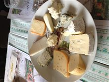チーズ王国でランチ