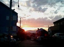 明日は晴れるぞ! 夕焼けの富士
