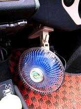 出番です(^_^)/2リッターペットボトル一本と扇風機
