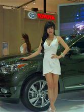 「釜山モーターショー」にて韓国一番人気のコンパニオン