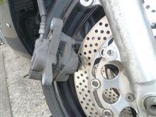 フロントブレーキの勝手ABS原因はフロント右側で決定 RGV250Γ