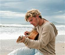夏だ〜こんな曲が似合うビーチに逃げ出したい.....