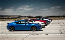 世界中のスーパーカーを9台集めて全車同時にゼロヨンしてみた動画2012