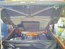 エンジンフードの網取り付けステー塗装