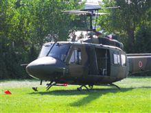 陸上自衛隊ヘリUH-1Jに乗ってきました。