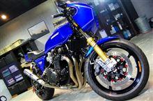 心躍るバイクらしい美しさ。カワサキZ1-Rのガラスコーティング【ラディアス川崎】