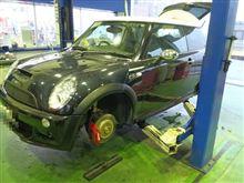 タイヤショップしてます...BMW MINI R53.+エンジンオイル交換