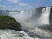 イグアスの滝を見てきた