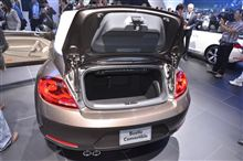 「VW・ビートルコンバーチブル(2013)」<ライブ>/ロスアンゼルスモーターショー2012