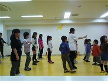 初めてのダンスレッスン・・・!!