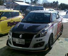 レーシングカーボンボンネット!発売間近(^^)