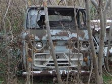 廃車探索大作戦・その⑤ 薮の中に眠る秘宝