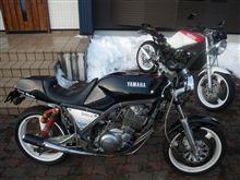 ヤマハSRX400改 ワンオフ満載バイクのオイル交換は謎だらけ?