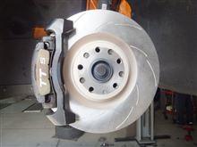 前輪ブレーキローター、4輪パッドを交換