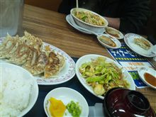 今日の朝食兼昼食兼夕食兼夜食!?