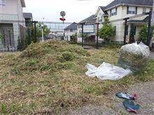 昨日も草刈りしました。