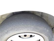 タイヤ減りすぎ
