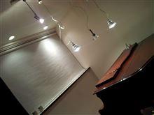 イヴォーク車庫くピアノ