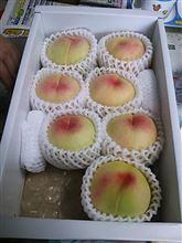 毎日桃食べるのだ