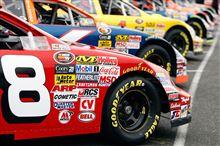 NASCARのステッカーでアメリカ~ン!