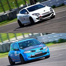 R26.R vs MeganeRS Suzuka onboad by YouTubeDoubler