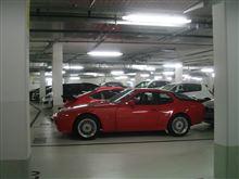 世界で最もポルシェ率の高い駐車場・・