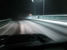 雪降って大忙し(  TДT)