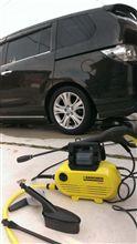 ケルヒャーで洗車しました。(^^♪