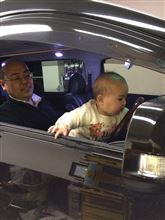 車の運転席にも乗ってみたい(^o^)